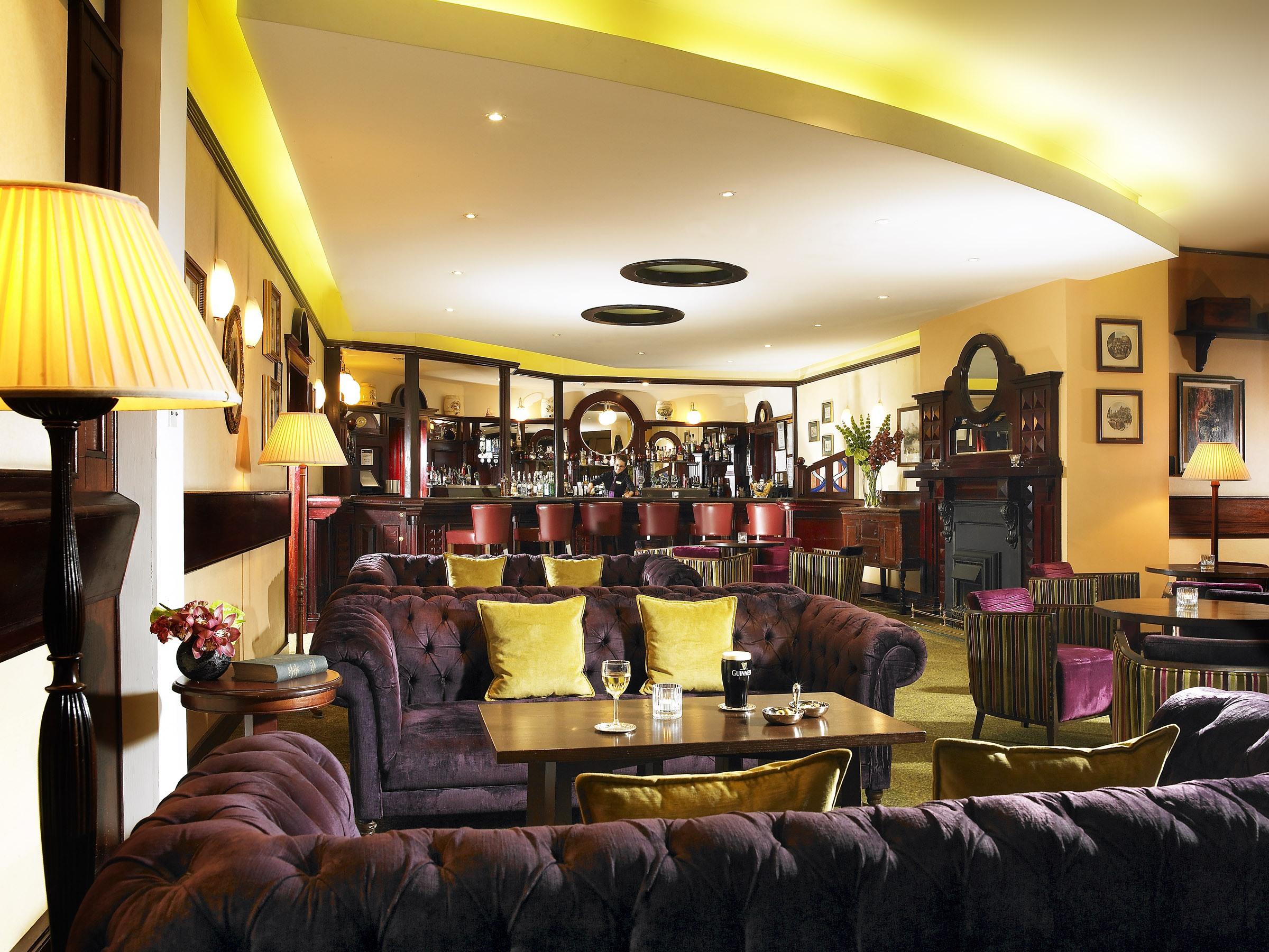 The Maple Bar at Hotel Westport