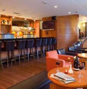 Madden's Bar & Bistro