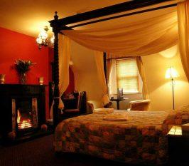 Boffin Lodge  - Destination Westport