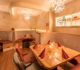 Maddens Bar & Restaurant  - Destination Westport